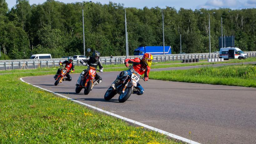 Жителям Московской области рассказали, где покататься на квадроциклах и мотобайках