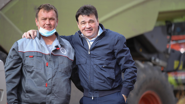 Андрей Воробьев проверил ход полевых работ в городском округе Зарайск