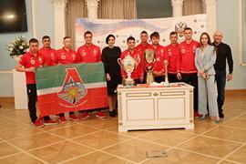 Ценные призы и награды пляжного футбольного клуба «Локомотив» стали раритетами Государственного музея спорта Минспорта России
