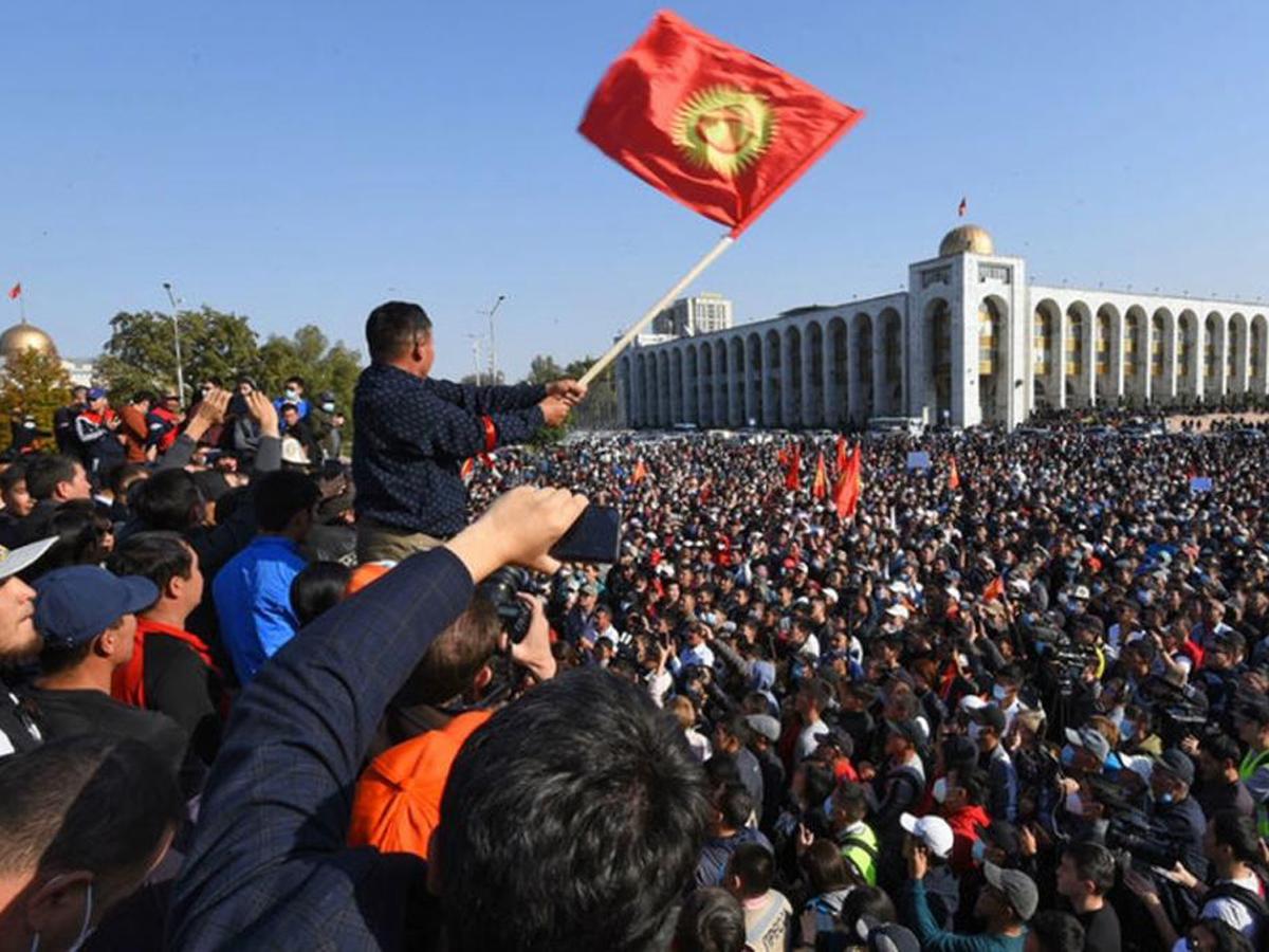 ЦИК Киргизии признал итоги выборов в парламент недействительными