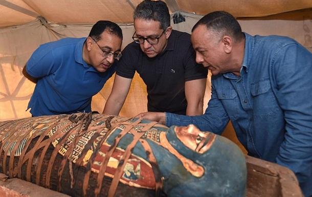 Египтяне нашли 80 саркофагов возрастом 2500 лет