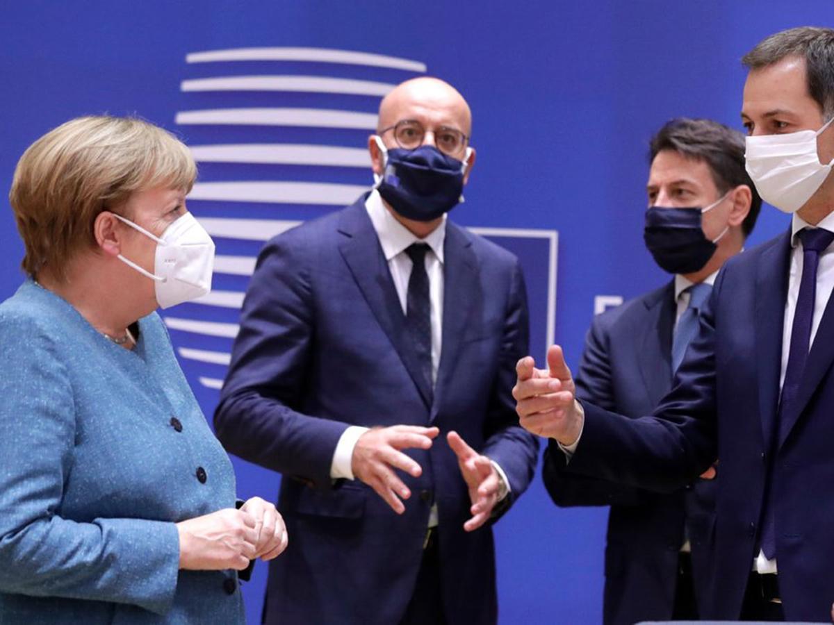 ЕС ввел санкции против белорусских чиновников