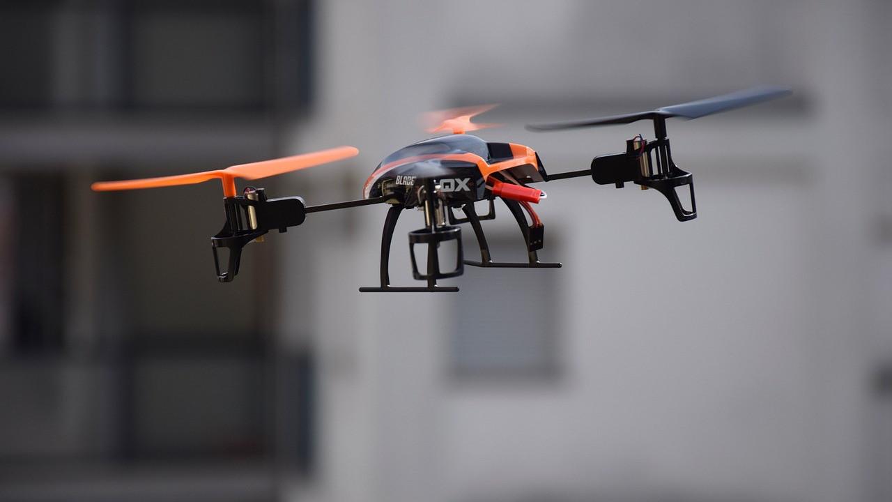Главгосстройнадзор Подмосковья адаптировал дроны для профилактики Covid-19 на стройках