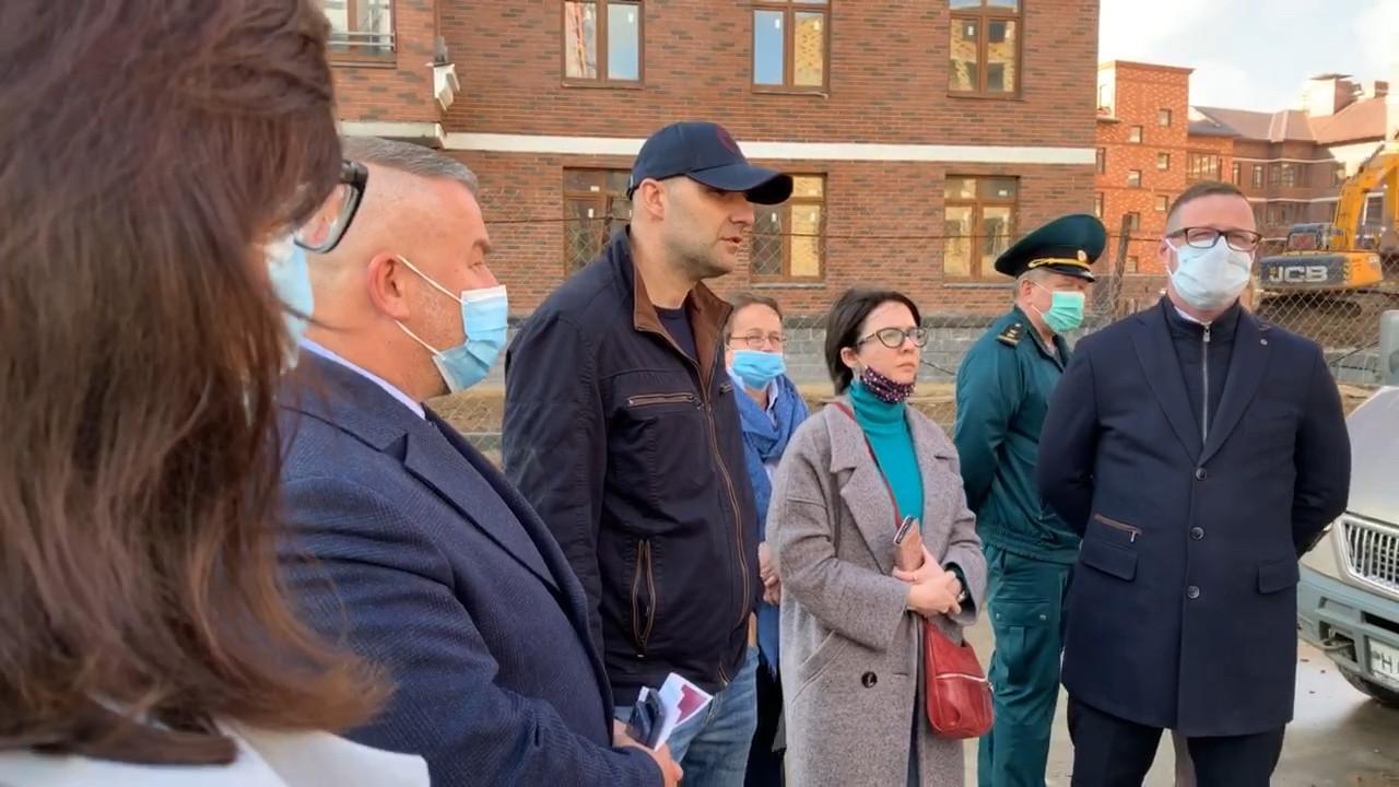 Главгосстройнадзор провел встречу с дольщиками ЖК «Пятницкие кварталы» в Красногорске