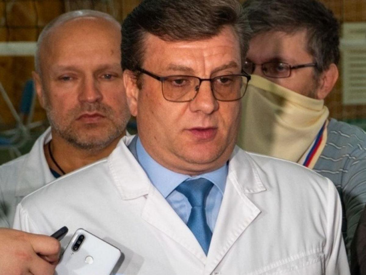 Главврач омской больницы, где лечили Навального, получил новый пост