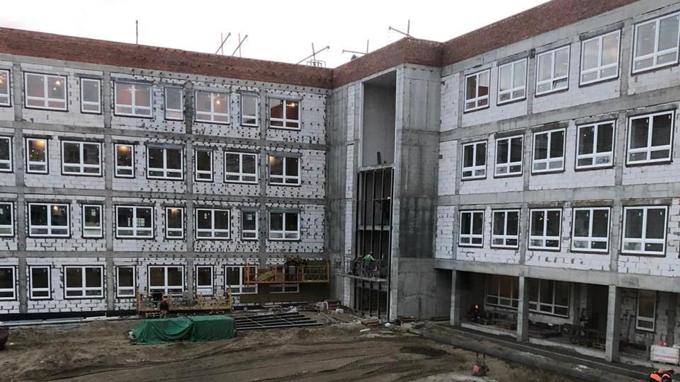 Ход строительства школы на 825 мест проверили в Электростали