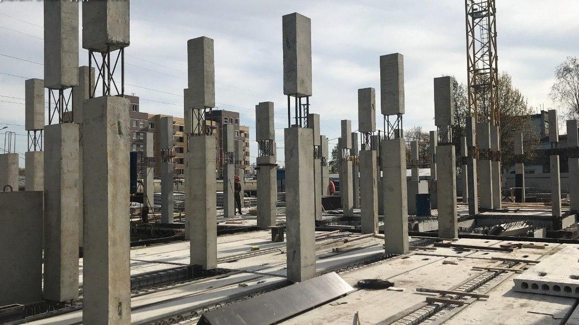 Инспекторы Главгосстройнадзора проверили ход строительства жилого дома в Солнечногорске