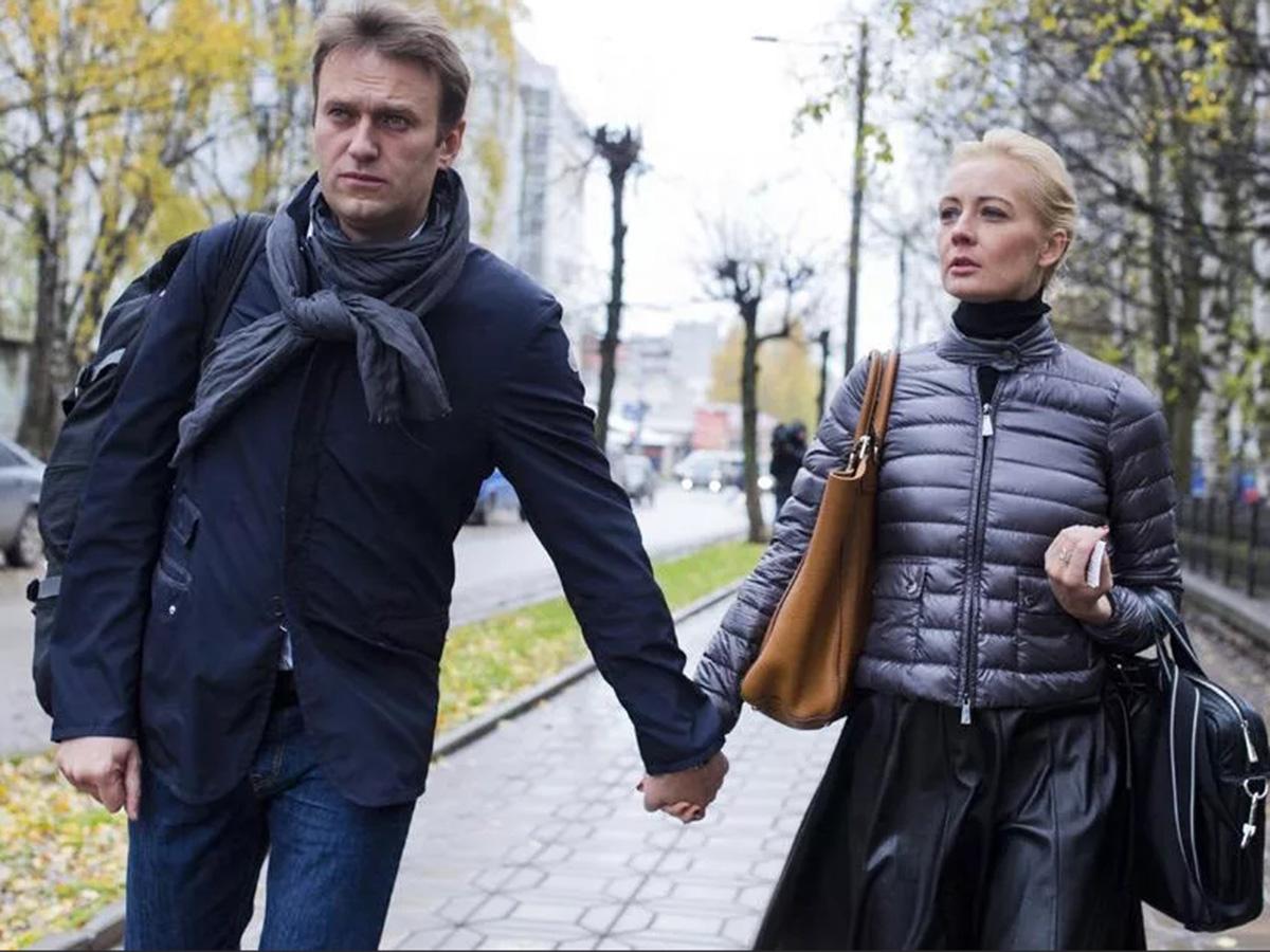 Навальный с женой Юлией