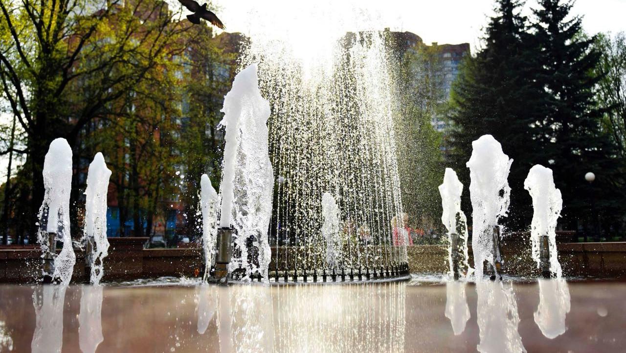 Консервация фонтанов на зимний период началась в Подмосковье