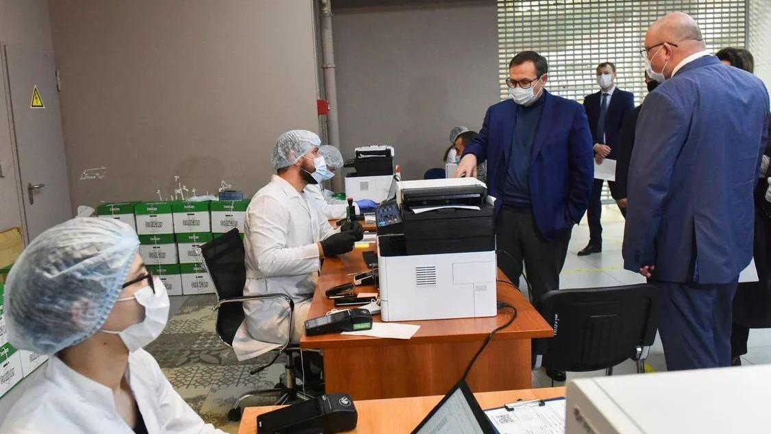 Контроль за соблюдением масочного режима усилят в аэропорту Шереметьево