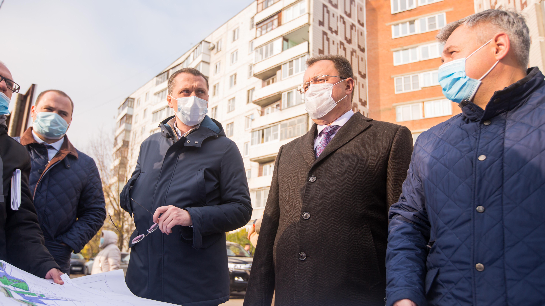 Министр благоустройства проверил ход работ по благоустройству в Ногинске