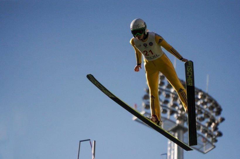 Сборная Московской области стала сильнейшей на чемпионате России по прыжкам на лыжах с трамплина