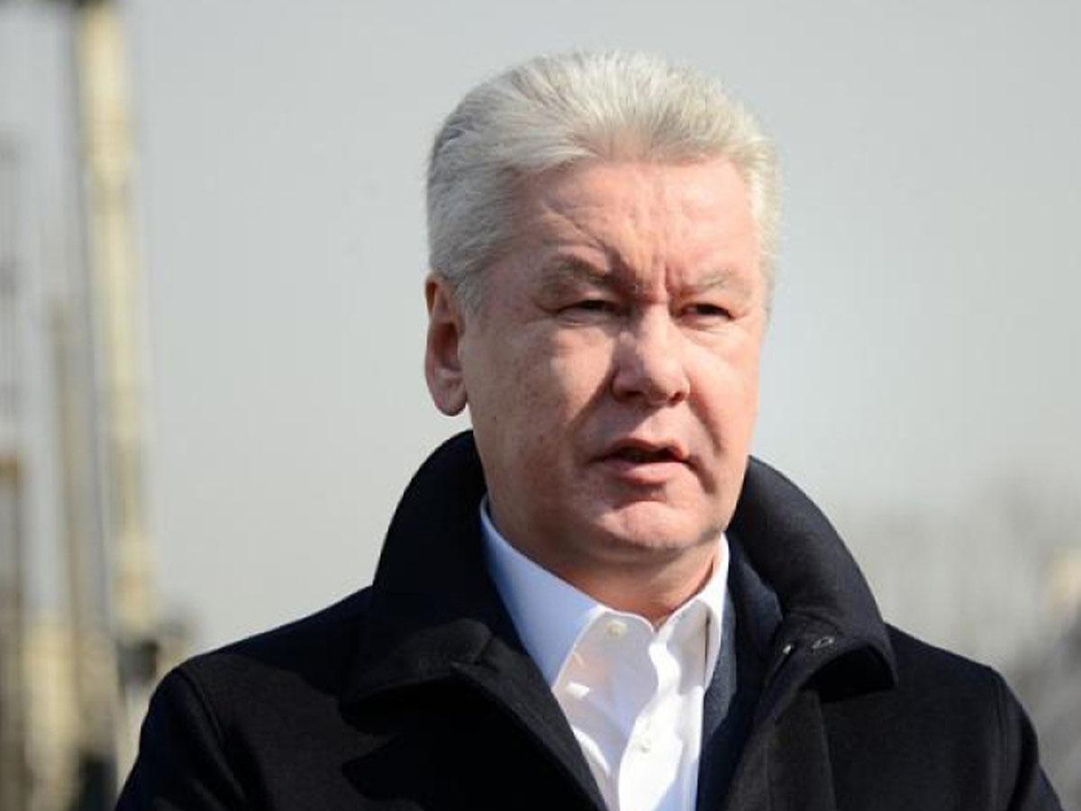 Собянин попросил москвичей «продержаться» до вакцинации от COVID-19