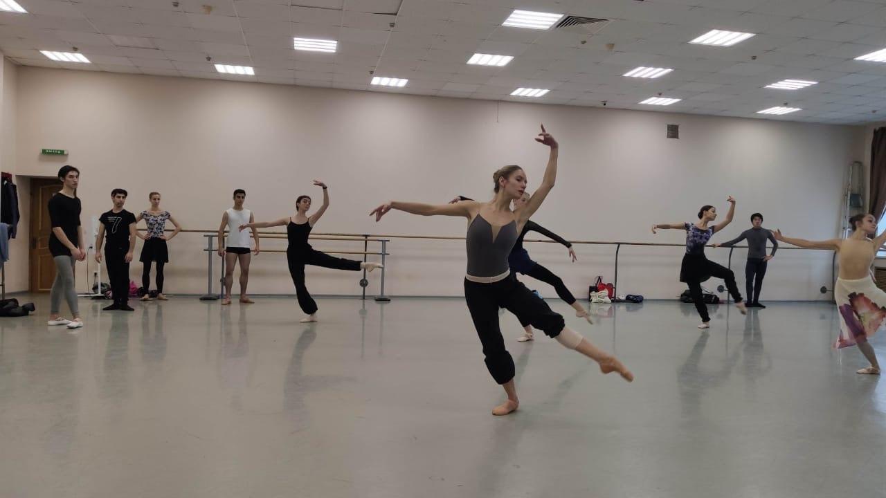 Солисты театра «Русский балет» вышли во второй тур всероссийского конкурса