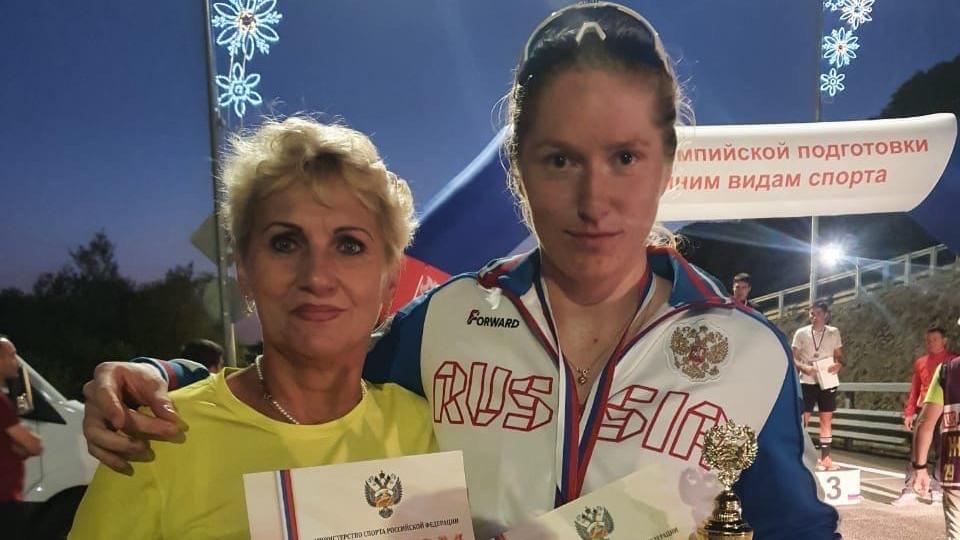 Спортсменка из Подмосковья завоевала золото Кубка России по лыжероллерам