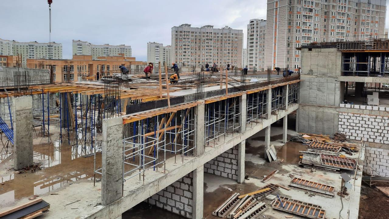 Строительство школы на 1,1 тыс. мест в Подольске планируют завершить в 2021 году