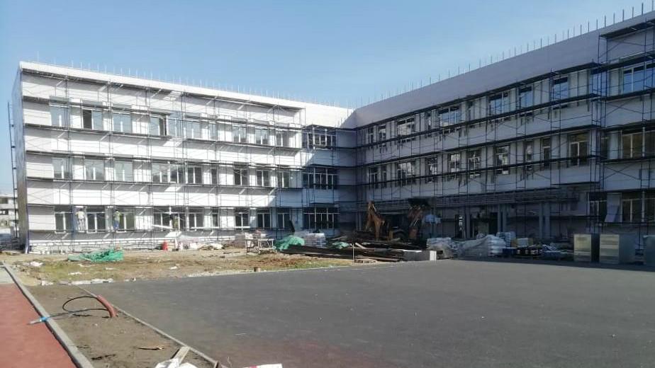 Строительство школы на 154 места в городском округе Луховицы завершено на 74%