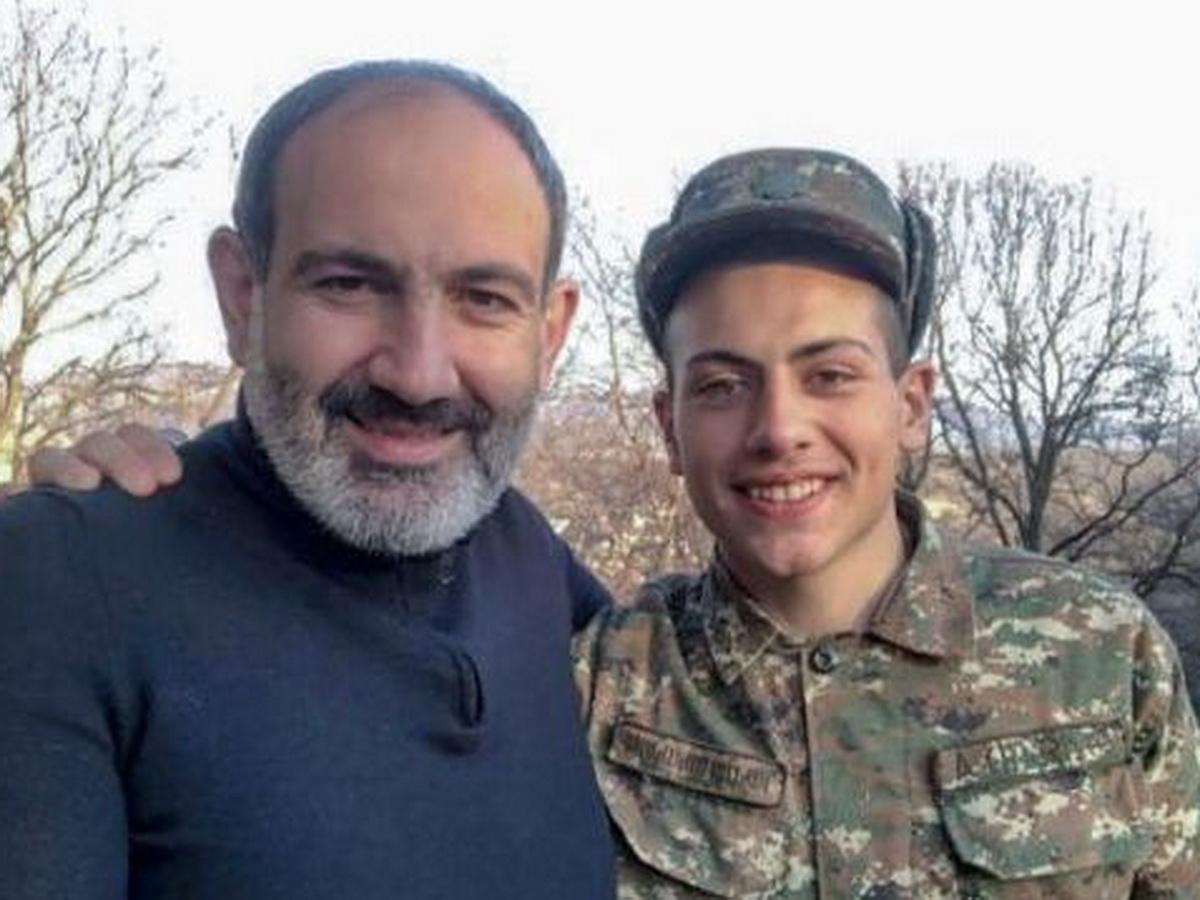 Сын премьера Армении Пашиняна отправился воевать в Нагорный Карабах