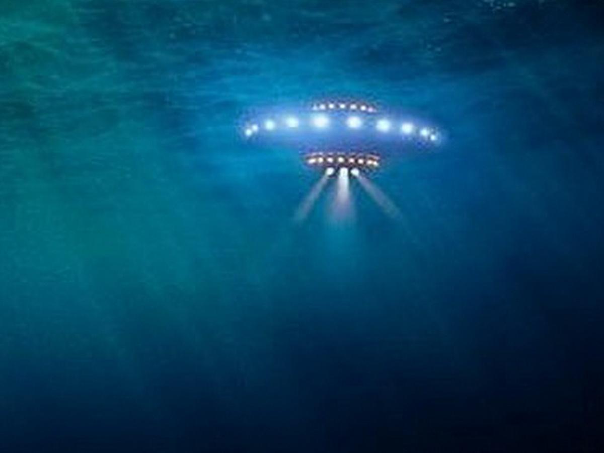 The Sun: русская подлодка пыталась потопить НЛО на дне океана