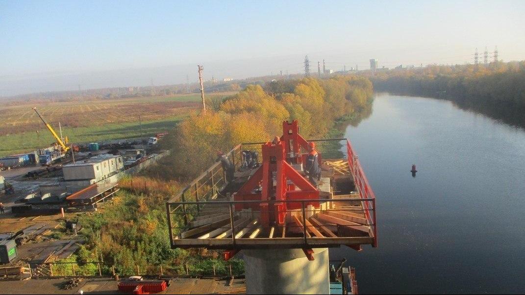 Устройство опор нового Афанасьевского моста через реку Москву завершили в Воскресенске