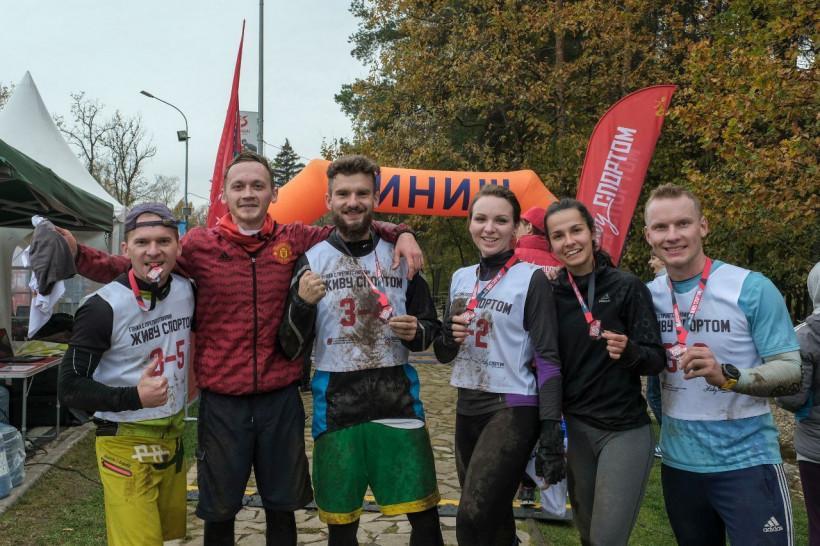 В Одинцово прошла V гонка с препятствиями «Живу спортом»