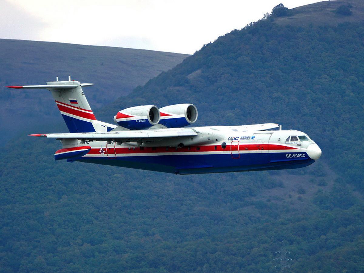 В Турции потребовали объяснений от тушивших пожары российских летчиков