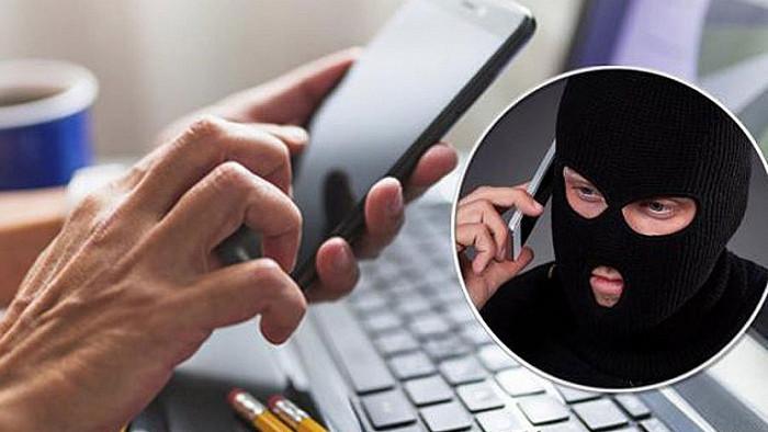 Жителям Подмосковья рассказали, как распознать звонок от мошенников