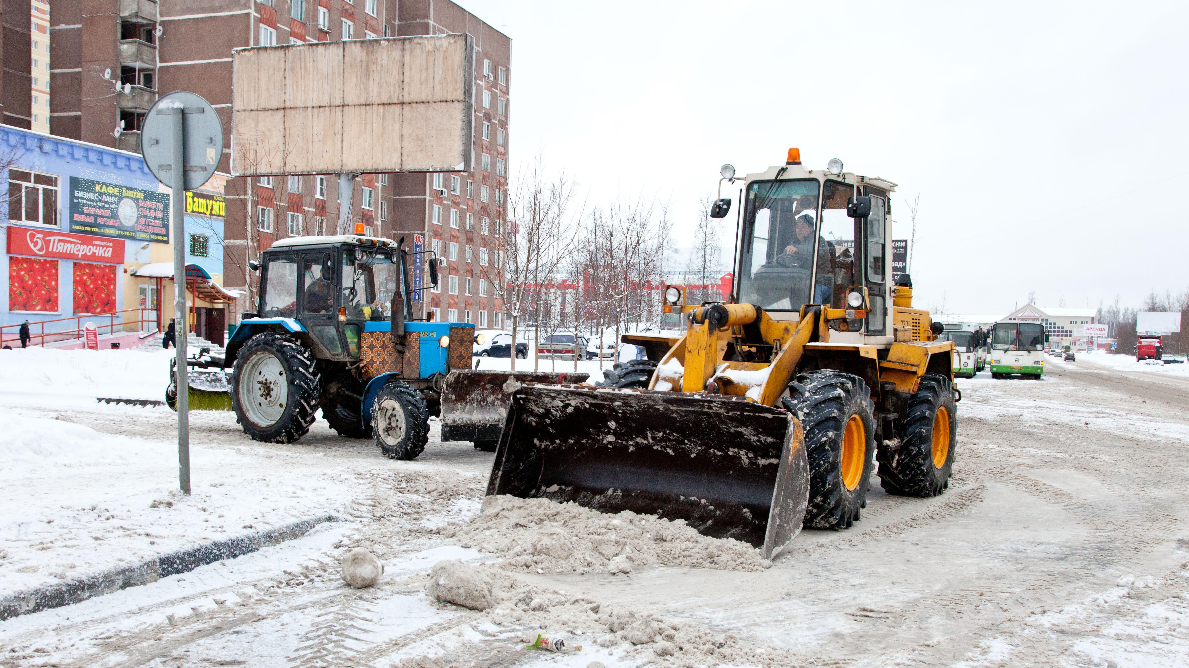 Андрей Воробьев поручил главам муниципалитетов внимательно контролировать уборку снега