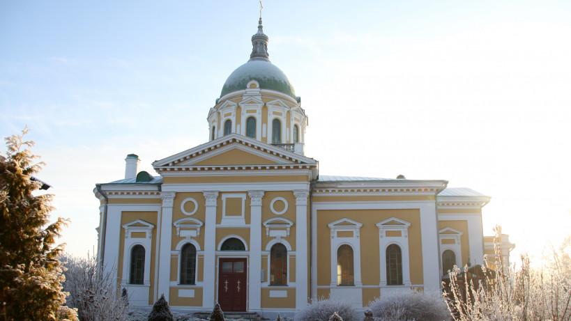 Собор Иоанна Предтечи на территории Зарайского кремля.