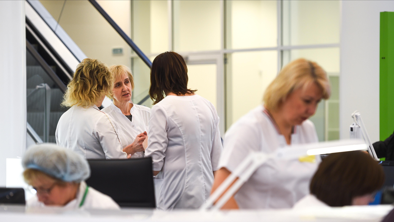 Еще 1005 случаев коронавируса выявили в Московской области за сутки