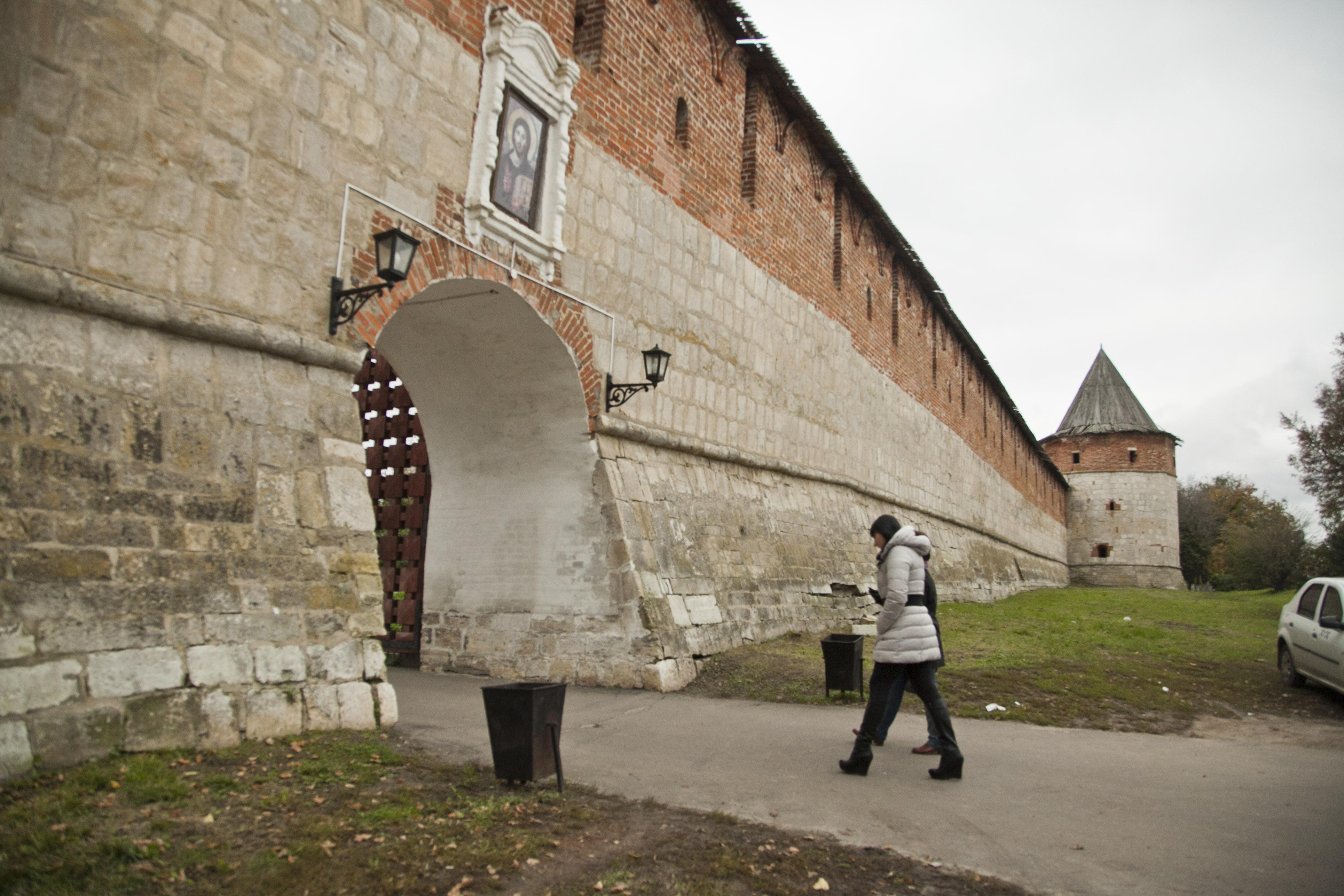 Где находятся старейшие кремли Подмосковья