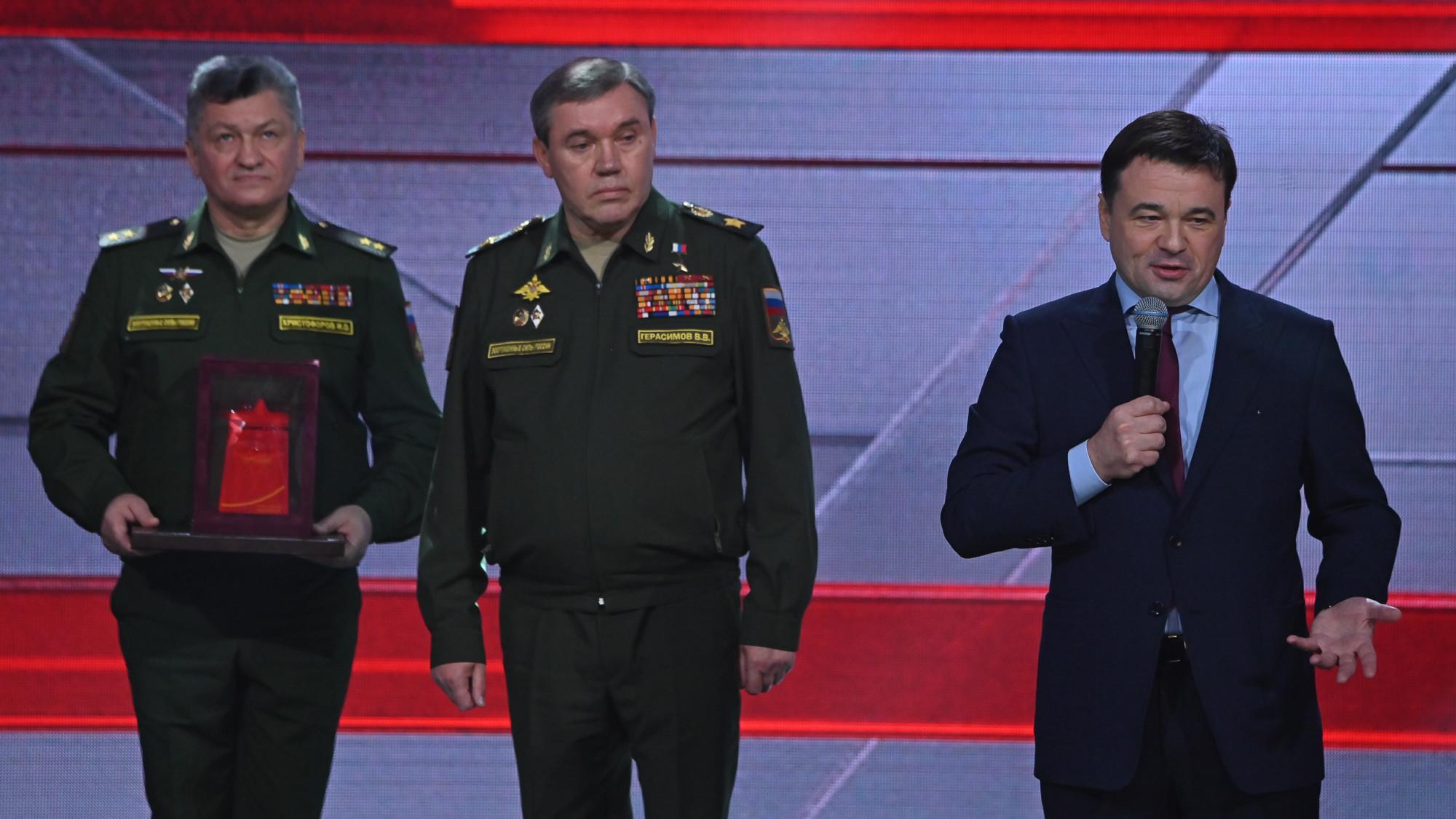 Губернатор принял участие в церемонии чествования победителей фестиваля «Армия России-2020»