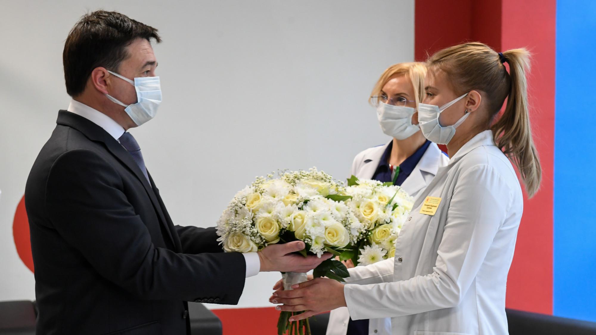 Губернатор проверил работу временного инфекционного корпуса Химкинской областной больницы