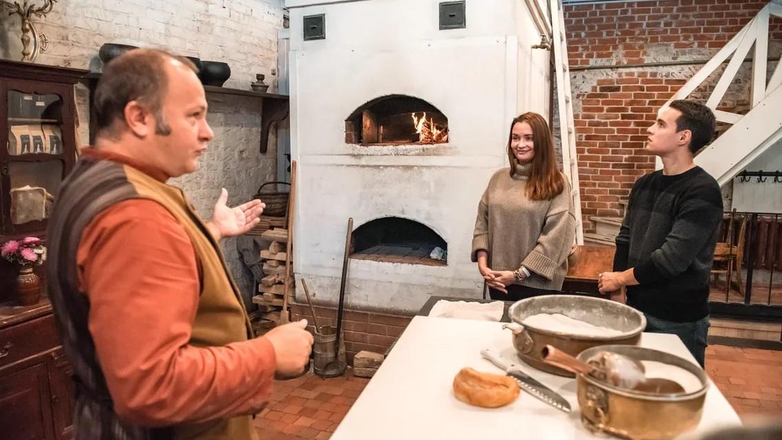 Калачи, пастила и питный мед: подкаст «Путь-дорога» рассказывает об угощениях в Коломне