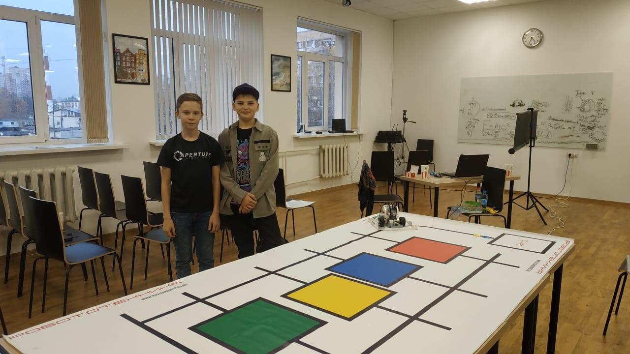Команда из Люберец заняла призовое место на федеральных соревнованиях по робототехнике