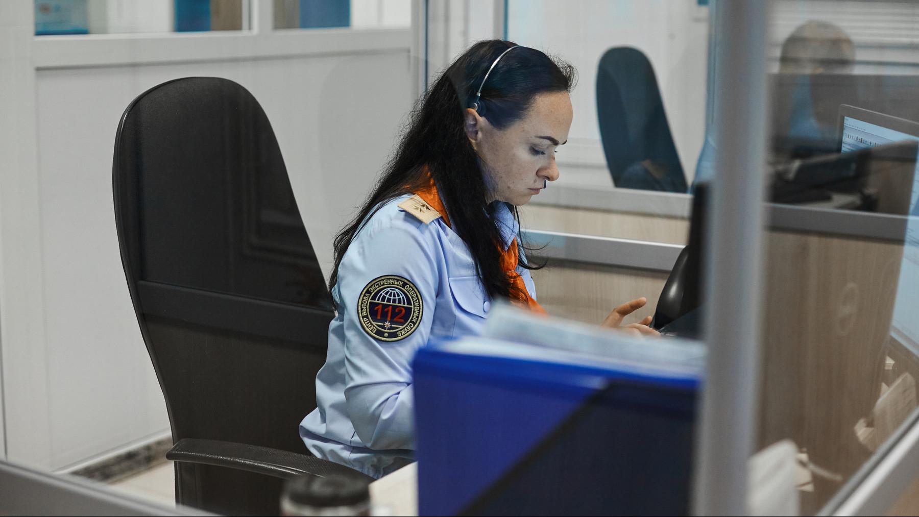 Операторы системы-112 Подмосковья помогли найти заблудившихся в лесу подростков