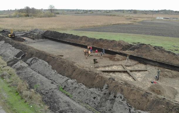 Под Полтавой археологи нашли древние коньки