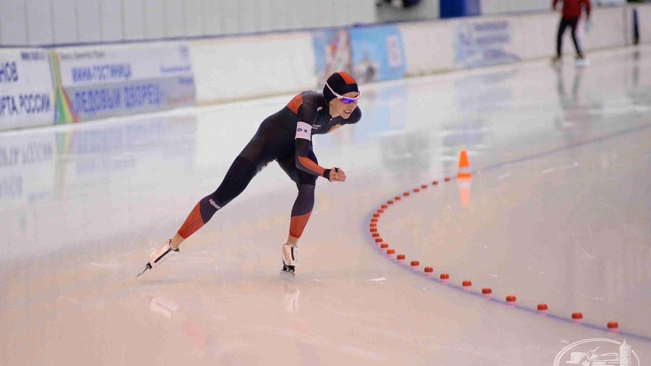 Подмосковные конькобежцы завоевали 17 медалей чемпионата России