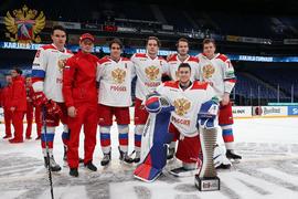 Сборная России по хоккею молодёжным составом выиграла Кубок Карьяла
