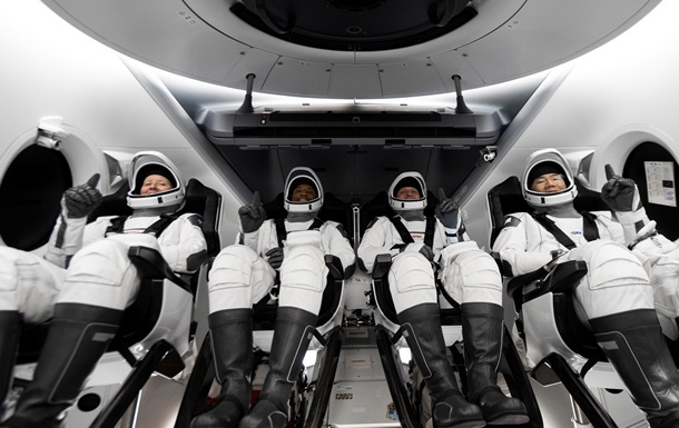 SpaceX запустила регулярный маршрут в космос