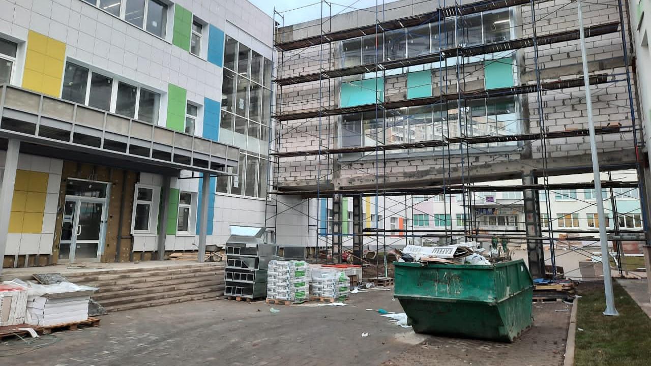 Строительство учебного корпуса МАОУ «Видновская гимназия» завершается в Ленинском округе
