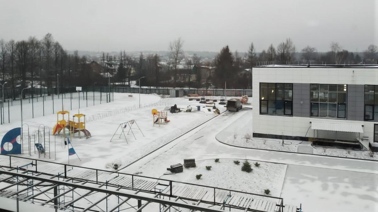 Строительство учебной пристройки на 350 мест завершается в Пушкинском округе