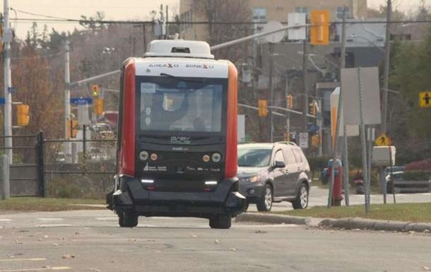 В Канаде испытывают беспилотные городские автобусы