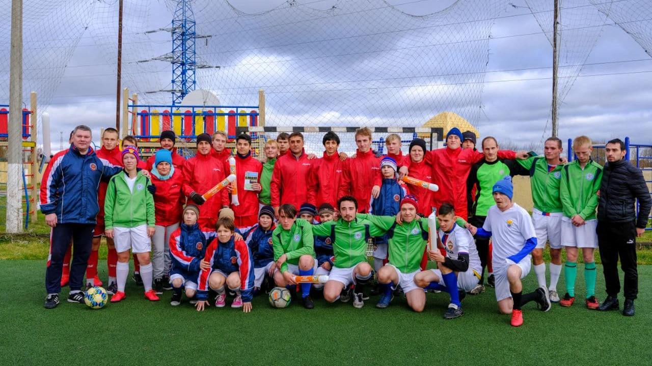 Волонтеры «Живу Спортом» провели футбольный матч с подопечными Коломенского детского дома