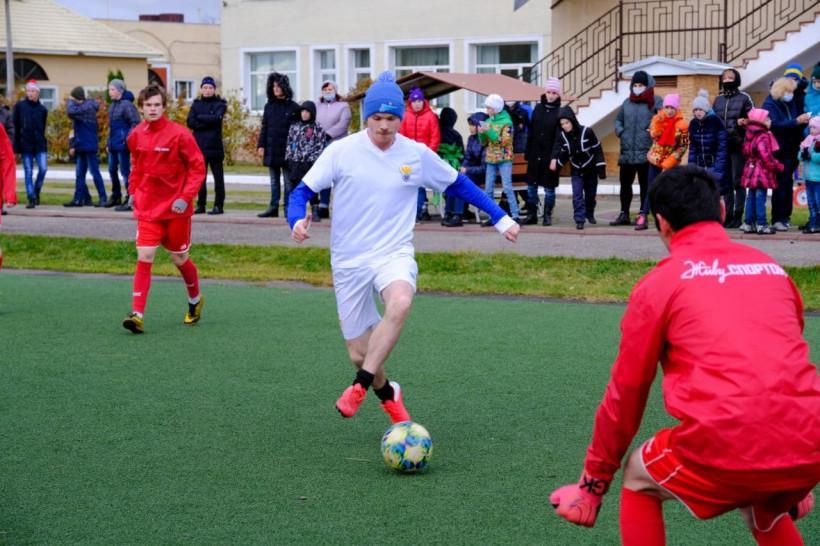 Волонтёры «Живу Спортом» провели футбольный матч с подопечными Коломенского детдома