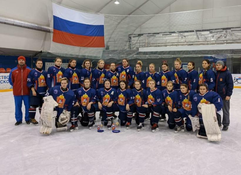 Женская сборная Московской области по хоккею победила на первом этапе первенства России