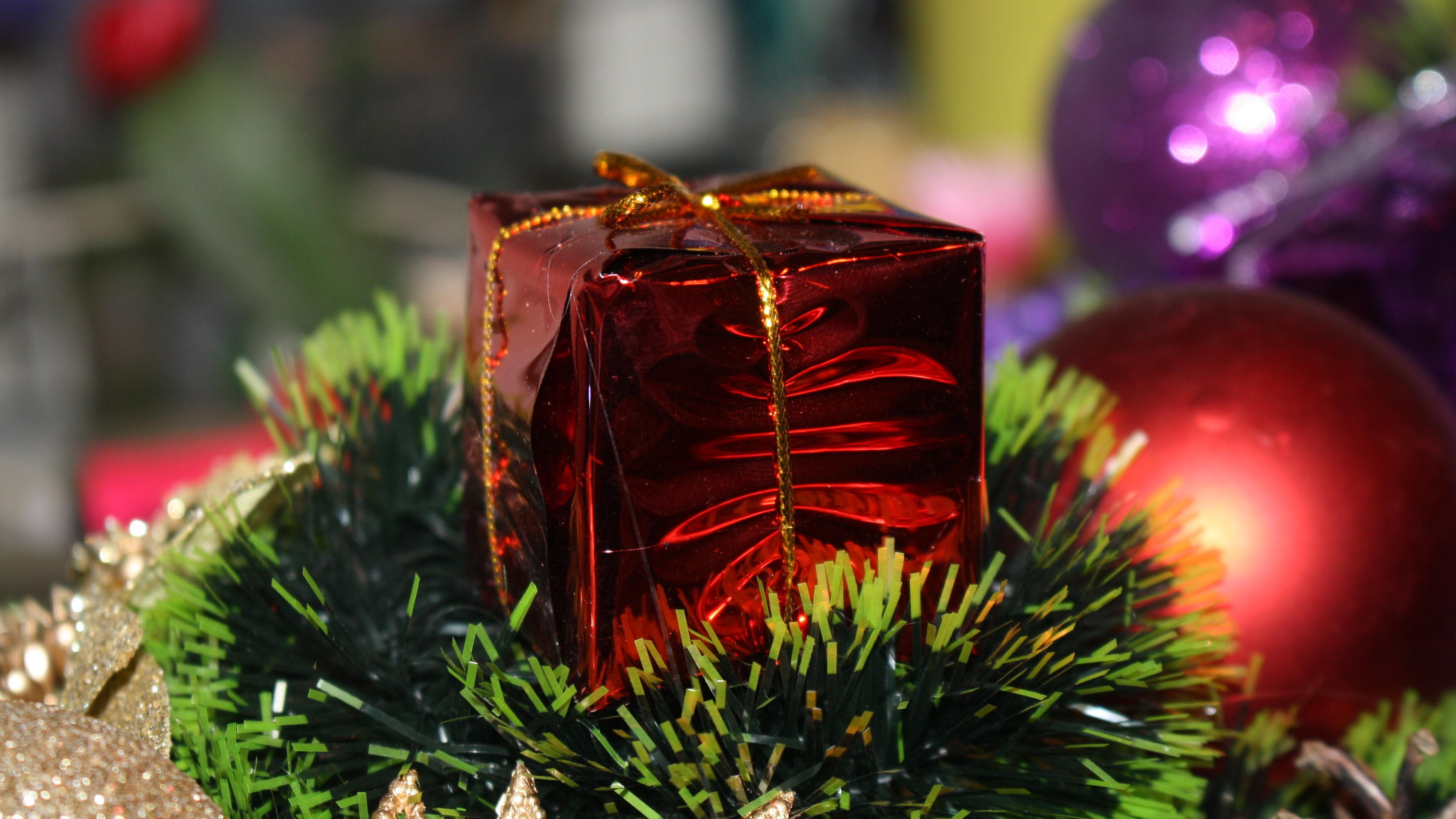 Благотворительная акция «Стань Дедом Морозом» продолжается в Подмосковье
