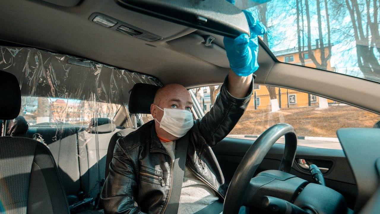 Более 1,5 тыс. нарушений такси выявили в Подмосковье в ноябре