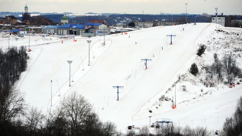 Любителей активного отдыха пригласили на горнолыжные курорты Московской области