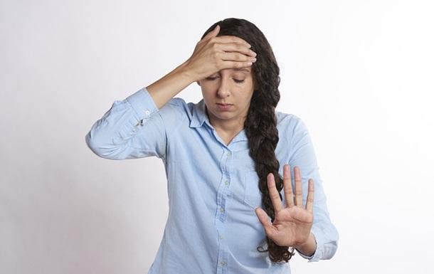 Названы симптомы длительного COVID